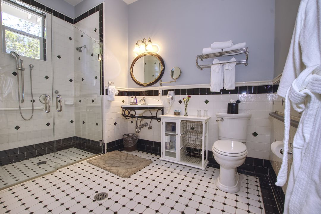 Luxury Abounds in the Syrah Master Bath