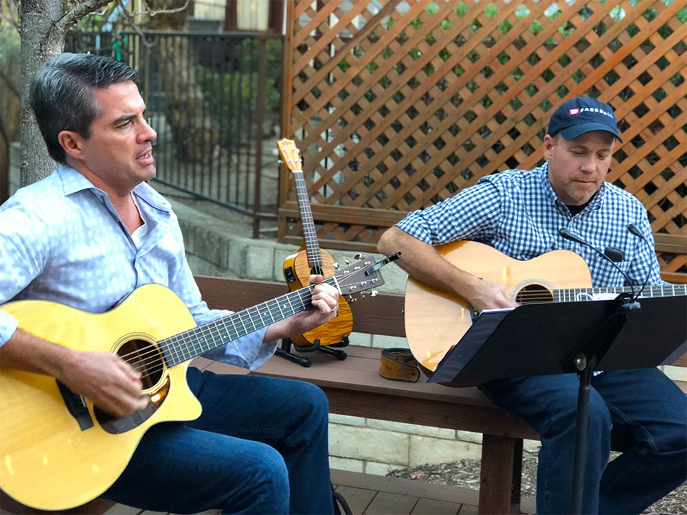 Happy Hours at FrorFriends Inn = Wine, Music, & Fun